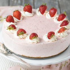 Strawberry Shortcake - Whyzee Cake Delivery
